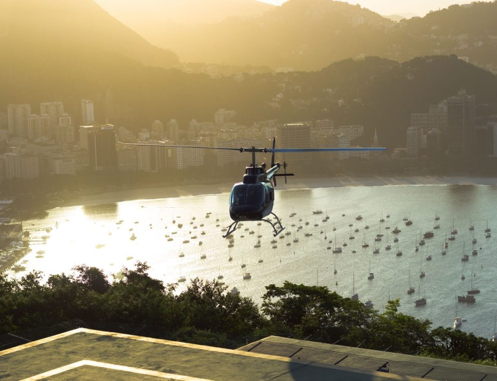 Avlaw Aviation Consulting Advises on Helicopter Lifting Services
